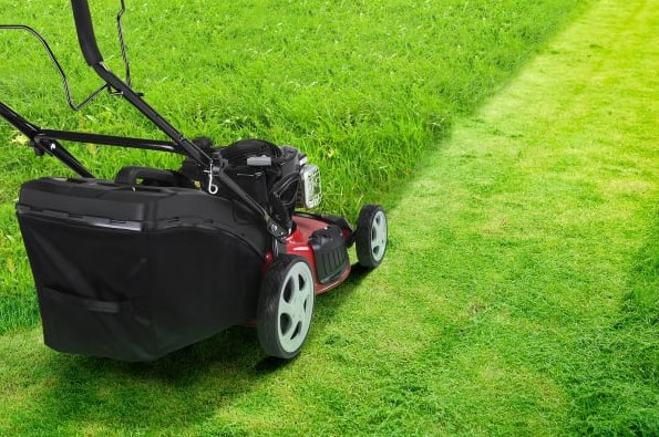 Learn How To Make Your Lawn Mowing Really Easy!